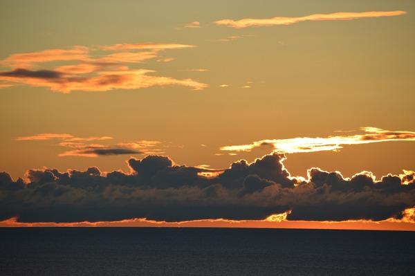 autumn-sky-1675033_1280