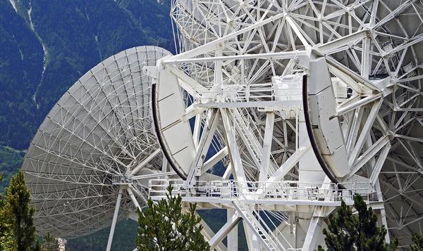 telescopes-1722668_1280