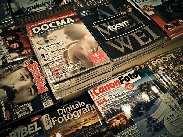 magazines-1172464_1280